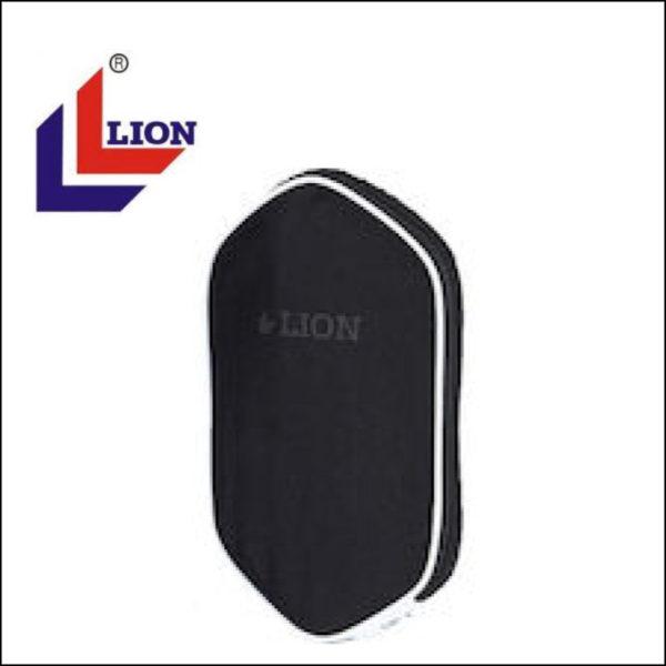 LION HOUSSE TS-4002